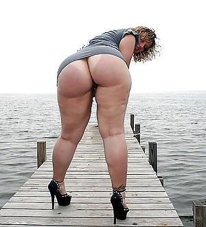 Free Big Ass Upskirt Porn Pictures